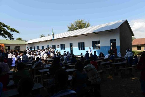 Finally a first building in Kyela primary school